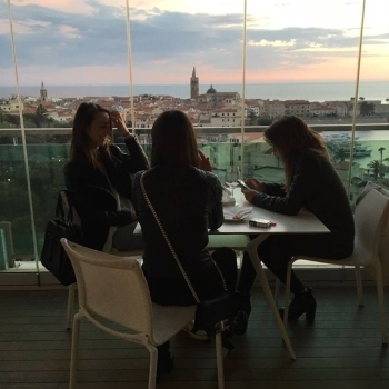 Friends at the Skybar