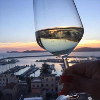 Goblet of sparkling wine