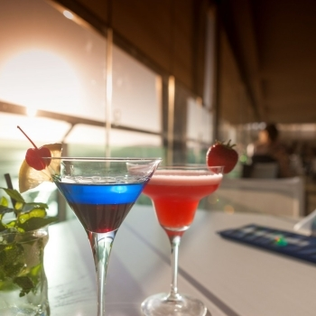 Cocktails Blau Skybar