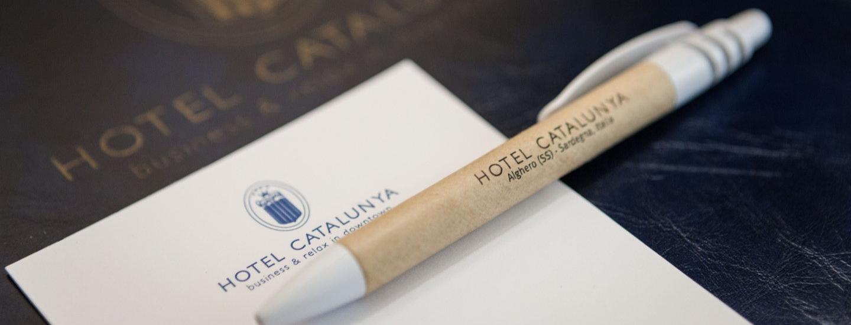 Cancelleria firmata con il logo dell'Hotel