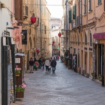 Shops in the old town of Alghero