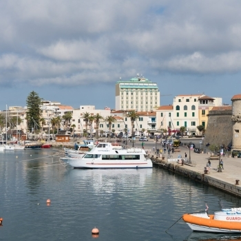 View of the Hotel from the port of Alghero
