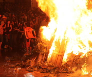 Focs de Sant Joan ad Alghero